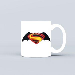 بتمن در برابر سوپرمن